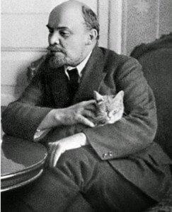 Lenin y su gato