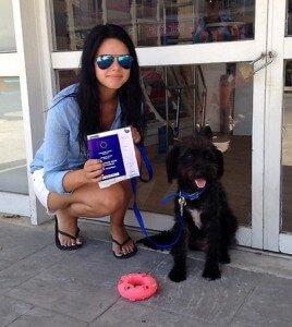 Mujer perra Creta salva vida